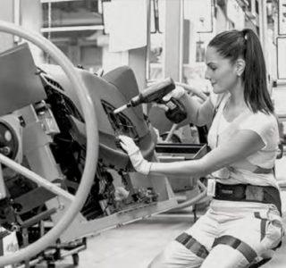 """img convegno ergonomia  Avvitatori per assemblaggio industriale L'Ergonomia ovvero letteralmente """"la scienza del lavoro"""" è la chiave per la progettazione di luoghi migliori in cui lavorare, dove"""